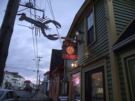 J3 Pizza shop in Lunenburg, NS
